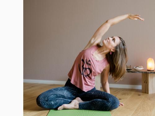 Hatha-Yogakurs - dein Energieschub am Morgen - auf Triviar