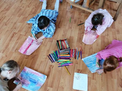 Freies Zeichnen und Malen für Kinder - auf Triviar
