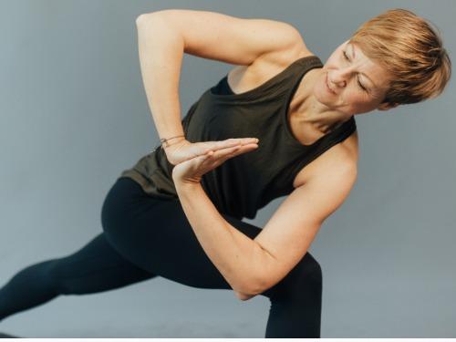 Vinyasa Yoga Level 1 - 2 - auf Triviar